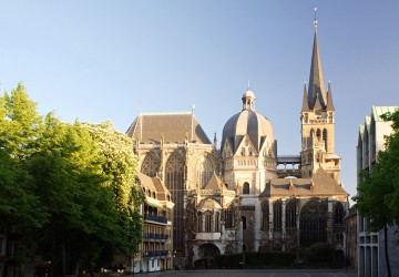 La Cathédrale d'Aachen Image by א (Aleph), http://commons.wikimedia.org