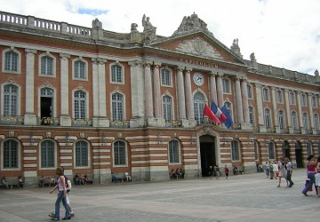 Toulouse - Le Capitole (Photo Wikicommons / B25es)