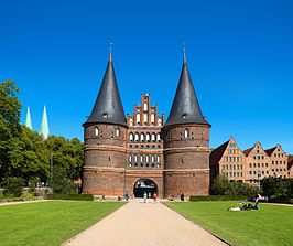 Holstentor_in_Lübeck_Frontseite